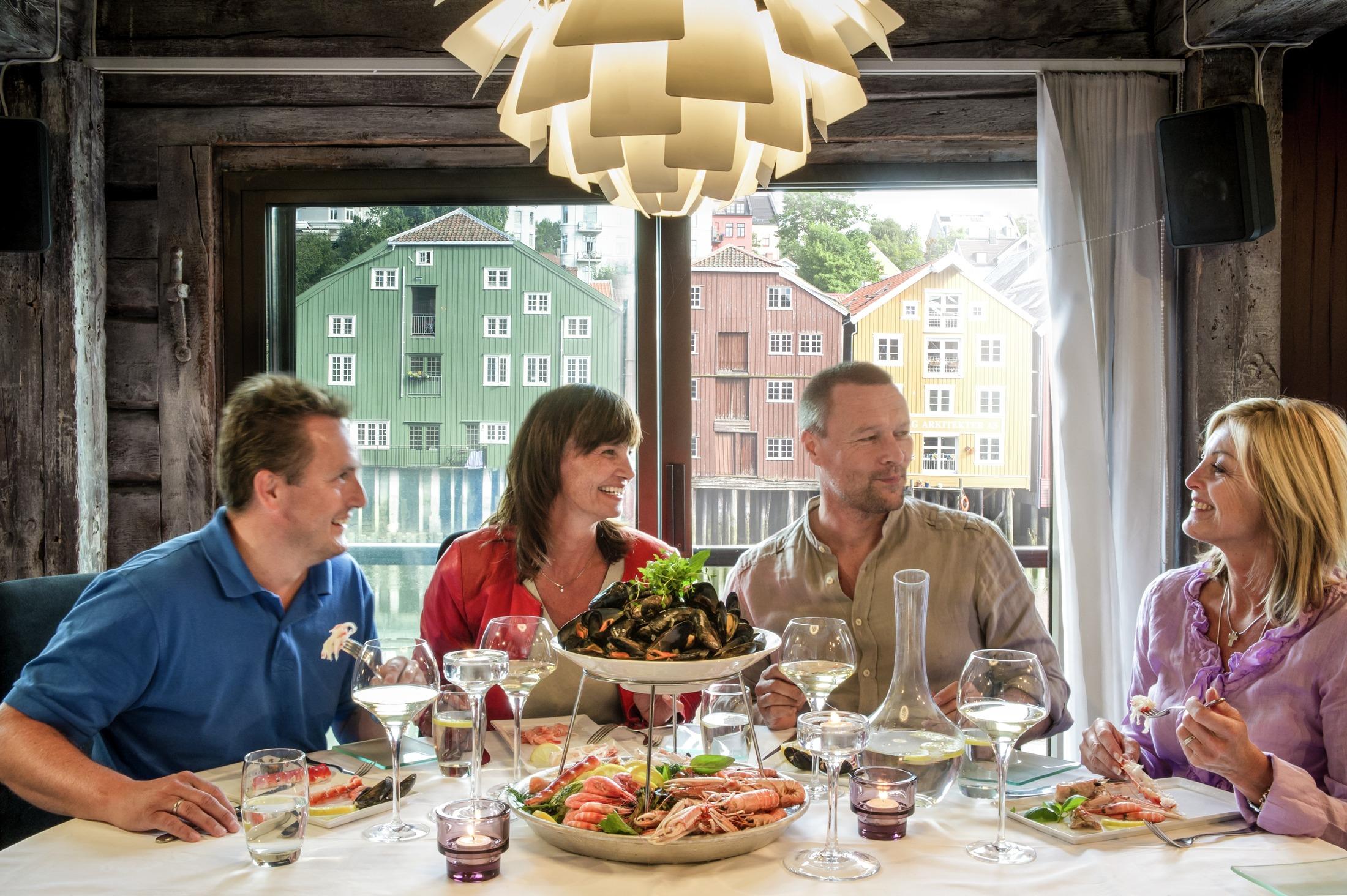 Havfruen fiske og sjømatrestaurant i Trondheim, Trøndelag. Foto: CH - Visitnorway.com
