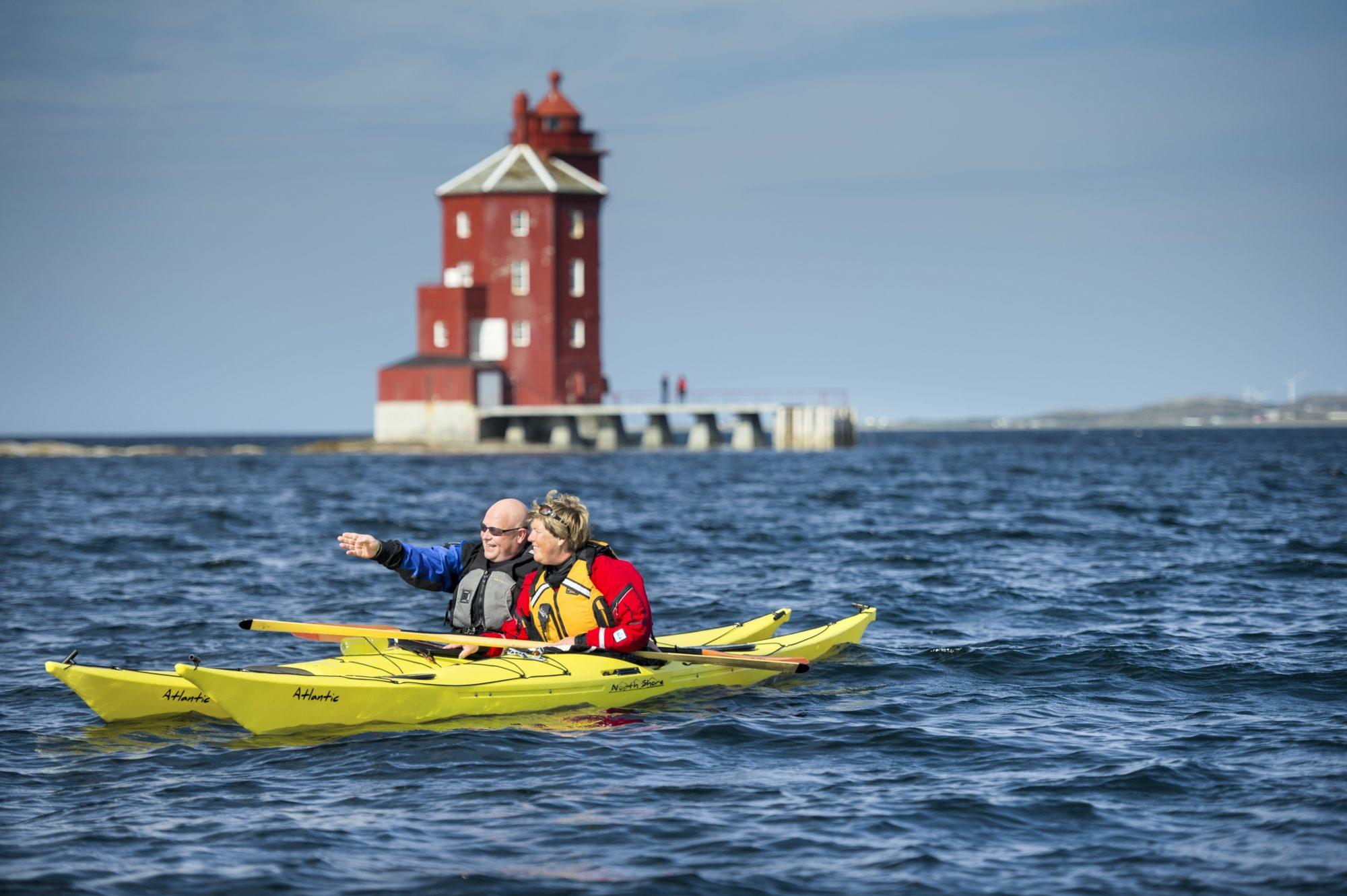 Kajakkpadling på kysten av Trøndelag. Foto: CH / trondelag.com