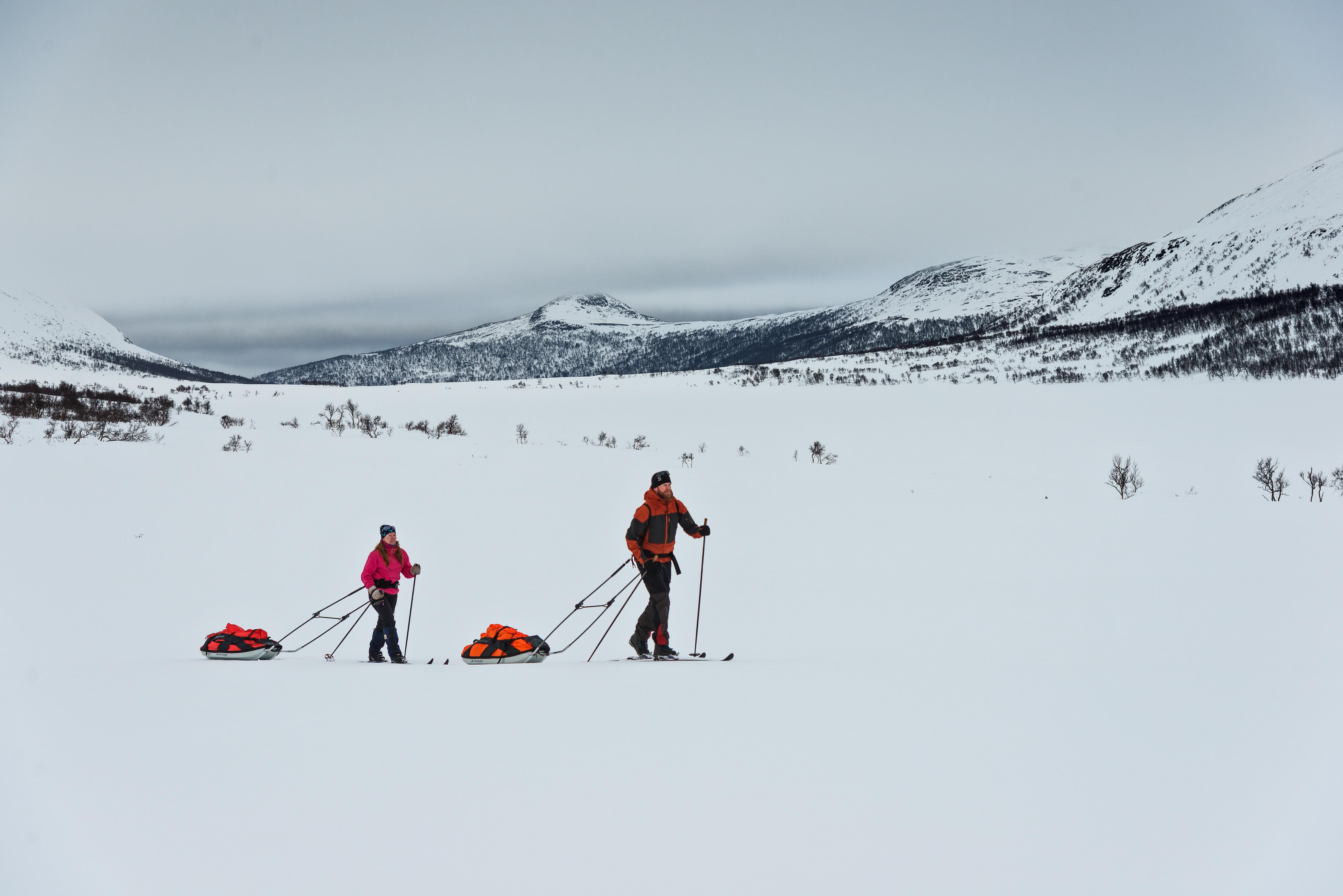 På skitur i Lierne Nasjonalpark. Foto: Bernartwood
